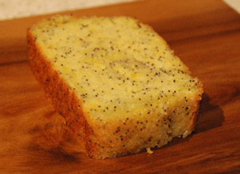 freefrom lemon and poppyseed cake
