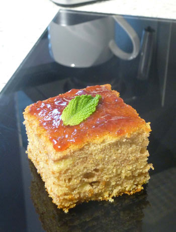 freefrom strawberry and mint cake