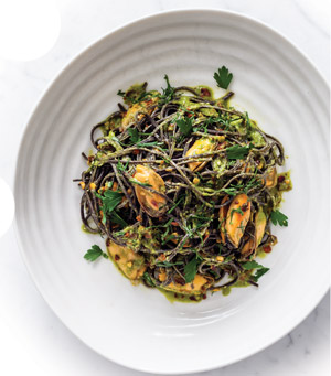 Free-From Recipes | Black bean spaghetti with mussel sauce