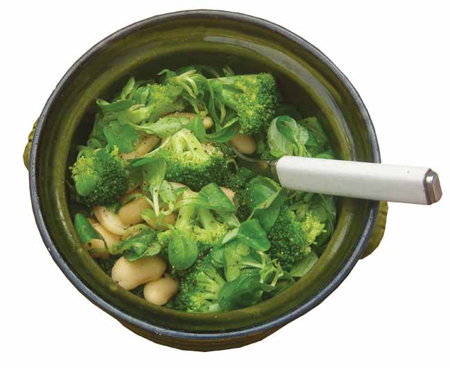 Broccoli and butterbean salad
